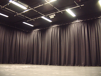 stage drama perimeter curtain tracks and drapes