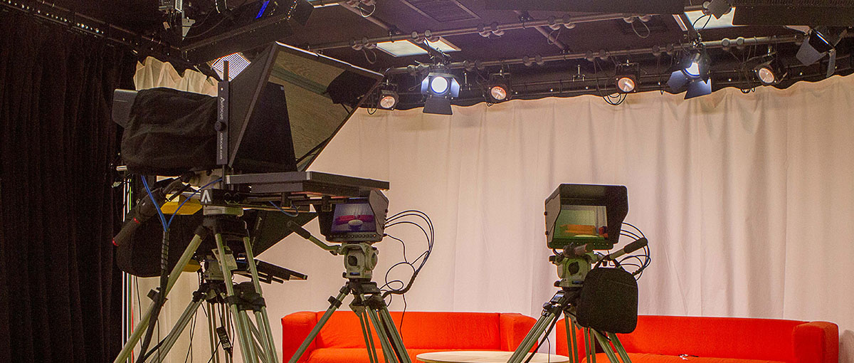 television led studio lighting installers